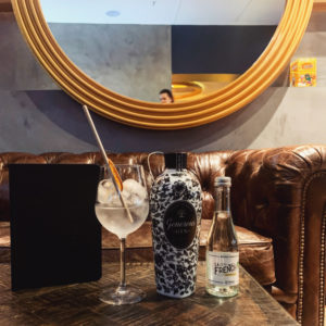 Iconic adress for a 100% French organic Gin Tonic : La Part Des Ours in Paris